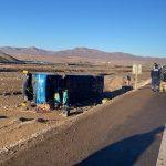 Fiscalía dirige diligencias de volcamiento de bus que ocasionó la muerte de dos personas  en Diego de Almagro.